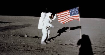 apollo-12-on-the-moon