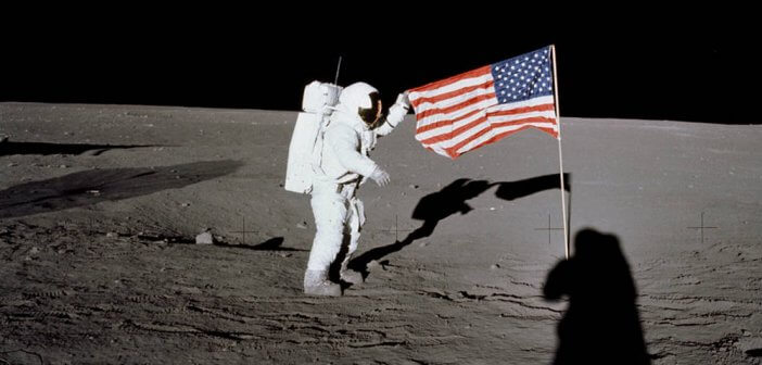 apollo-12-on-the-moon